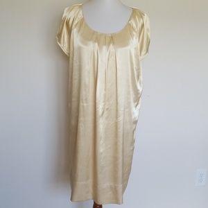 NY & Co gold shift dress w/ scoop neck size 14